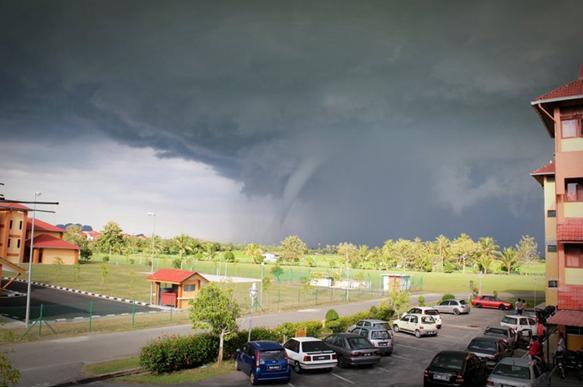 Ribut Taufan Perlis 2010. Apa tandanya?