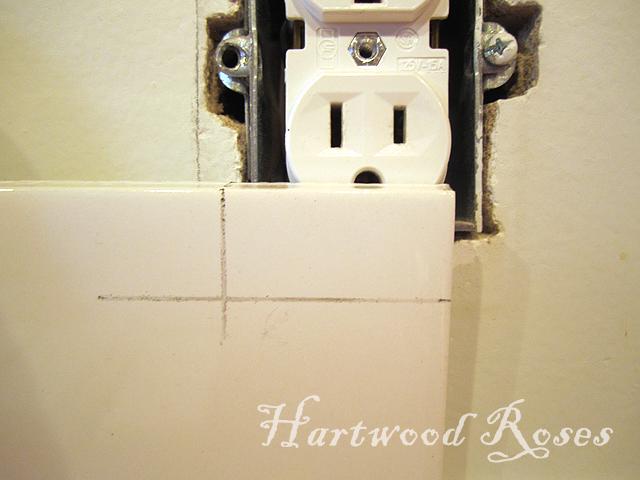 how to cut backsplash tile around outlets