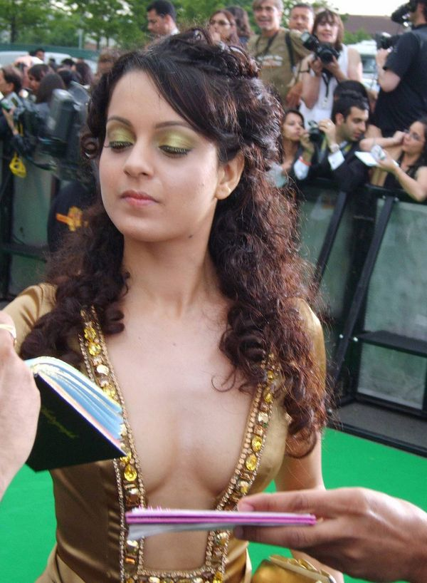 Actress Mix Kangana Ranaut Hot Pics