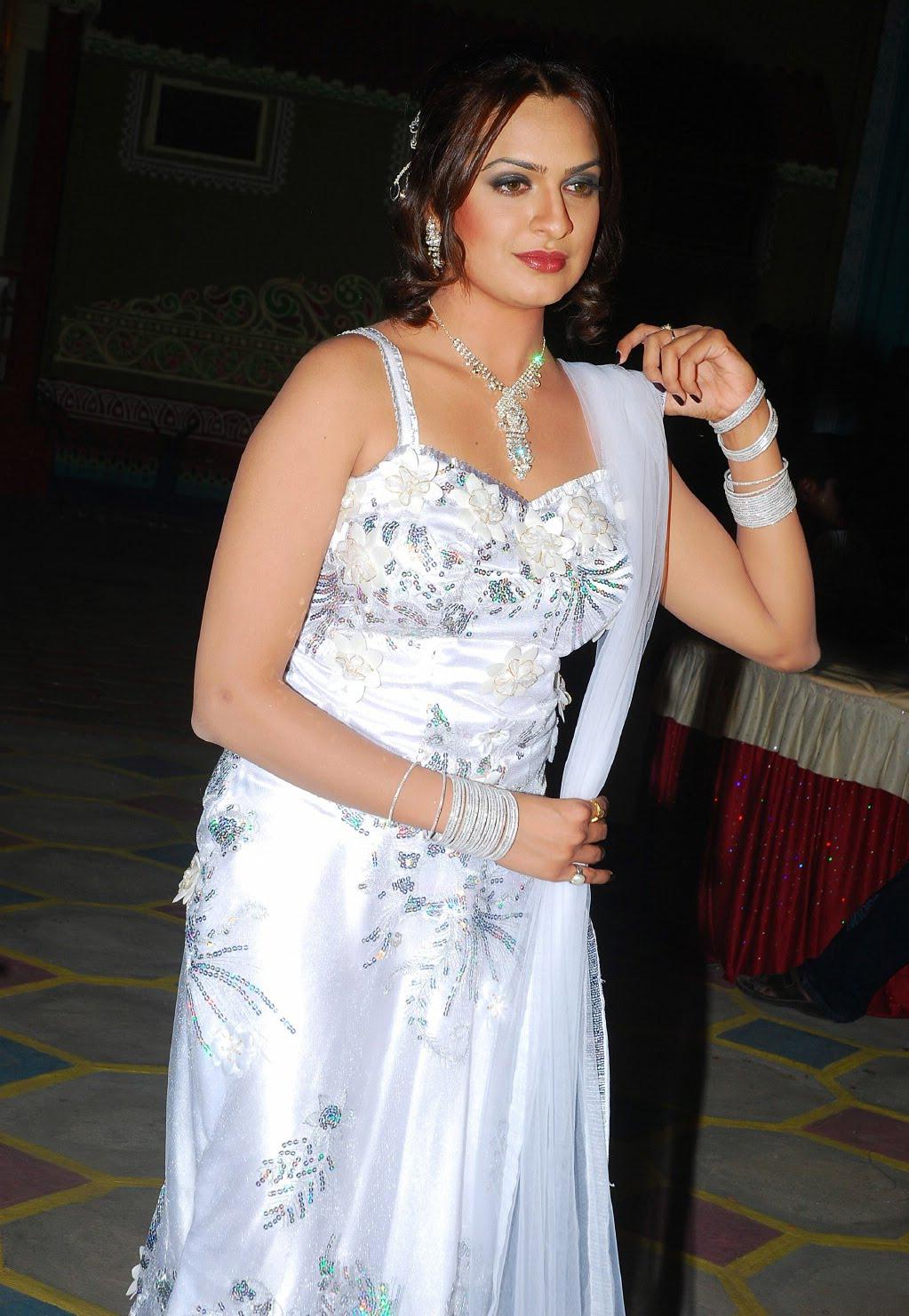 Aditi Budhathoki Hot Photoshoot | Indian Actress Wallpaper ...