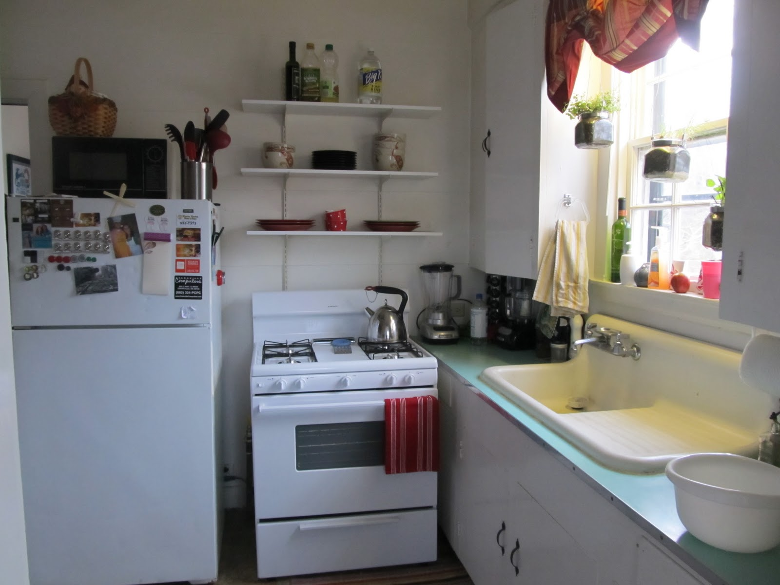 Small Tiny Kitchens
