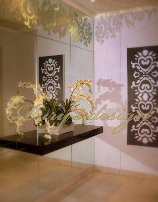 New Design Black and White Foyer