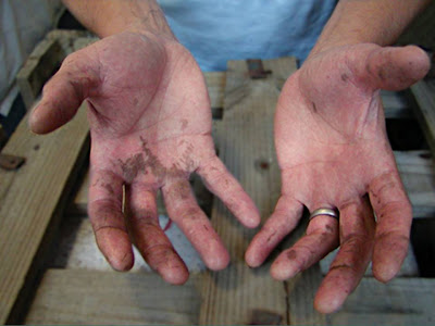 how to get ink stains off hands