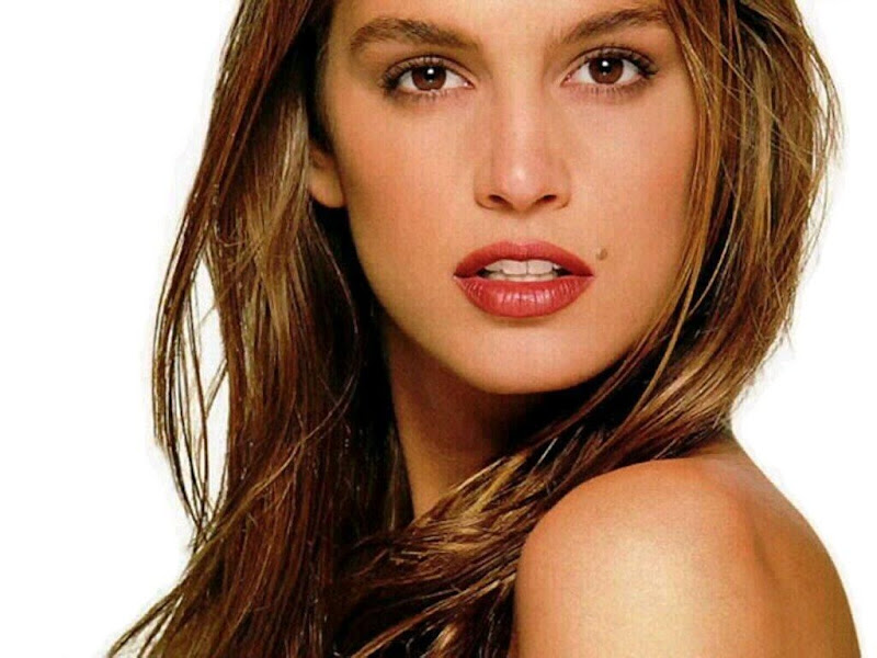 Not long ago, Cindy Crawford was the hottest supermodel in the pla title=