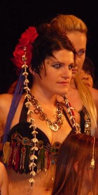 tour d'oreille thé au Harem lors d'un spectacle de danse oriental
