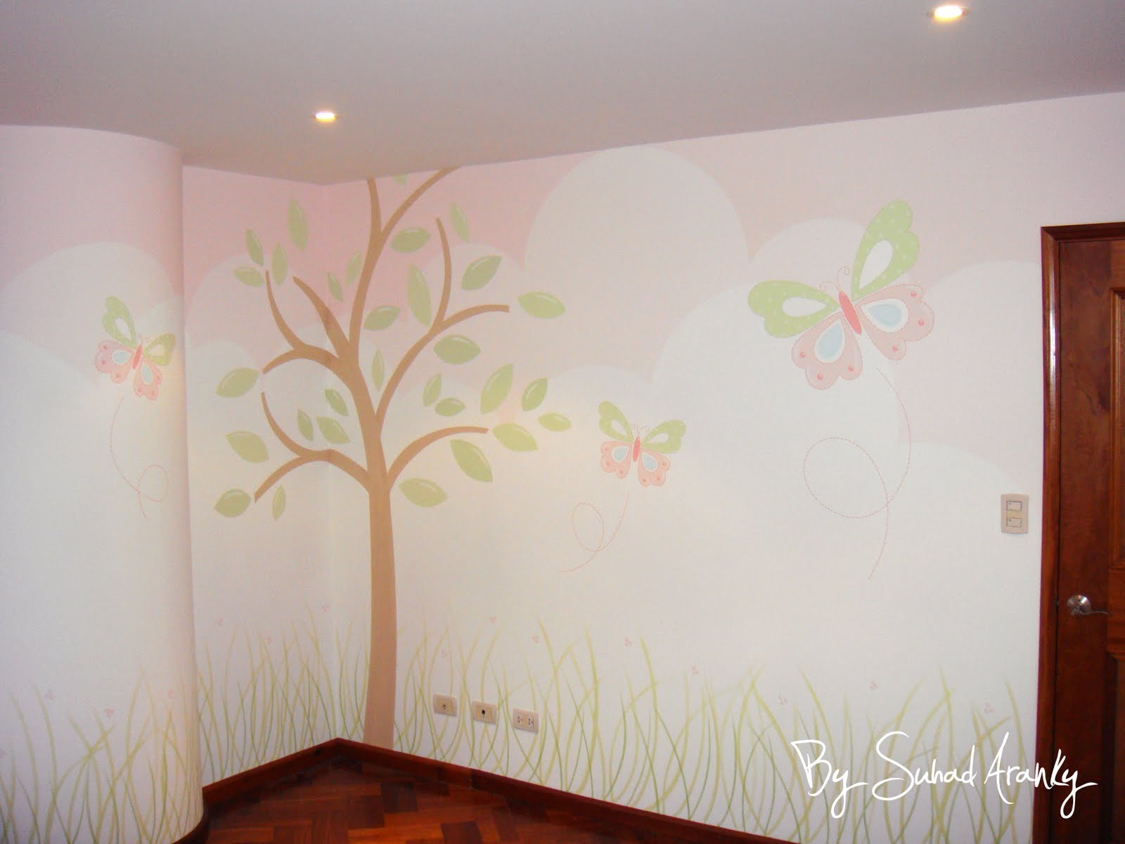 Murales en dormitorios cuarto ni a mariposas for Vinilo para habitacion de nina
