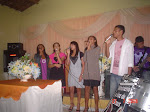 VOCAL: JENILSON; BEKES VOCAL: JÉSICA, SAMILLY, JACQUELINE, DAMARIS