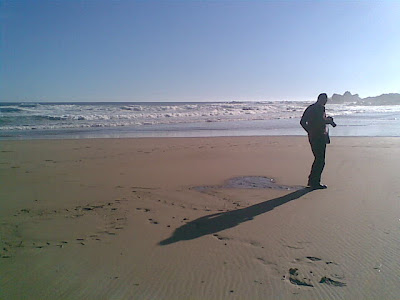 playa+hombre+solo