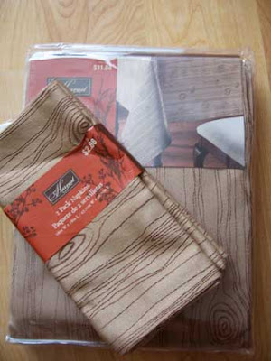 Perfect Had To Stop By Walmart The Other Day And Saw They Have This Great Woodgrain  Fabric Table Cloth And Matching Napkins, As Well As Placemats.