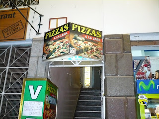 Pizza Verona entrance