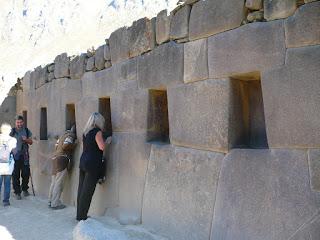 Temple of ten niches, Ollantaytambo