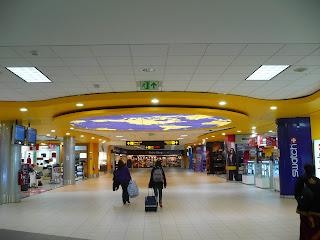 Lima airport international gates area