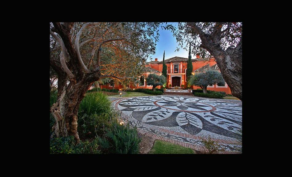 La foto olvidada de ayer 10 espectaculares casas en - Casas espectaculares en espana ...