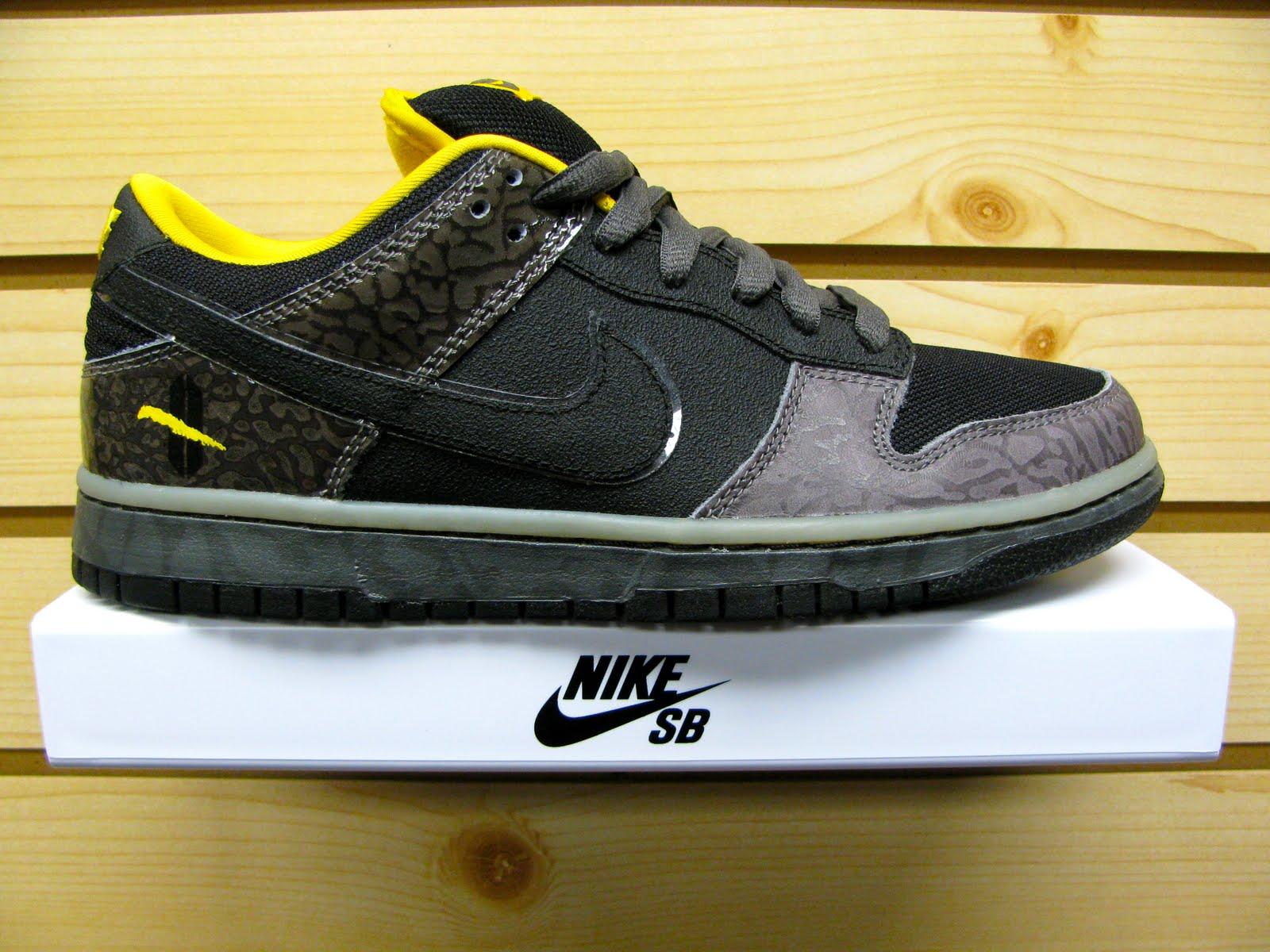 Nike SB Dunk Low Premium