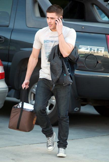 RUMOR: Zac Efron Fue A Visitar A Vanessa