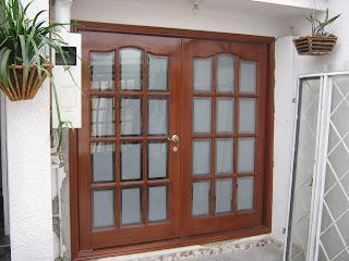 Muebles traso puertas vidrio biselado for Puertas principales de vidrio