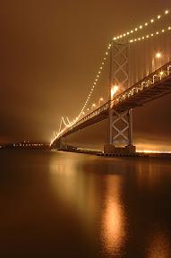 мост от Окленда до Сан-Франциско