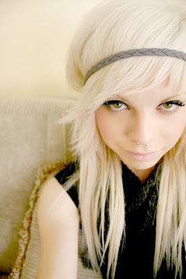Free Emo Hairstyles Images With Woman Hairstyles Images Typically Blonde Emo Hairstyle Pictures Gallery