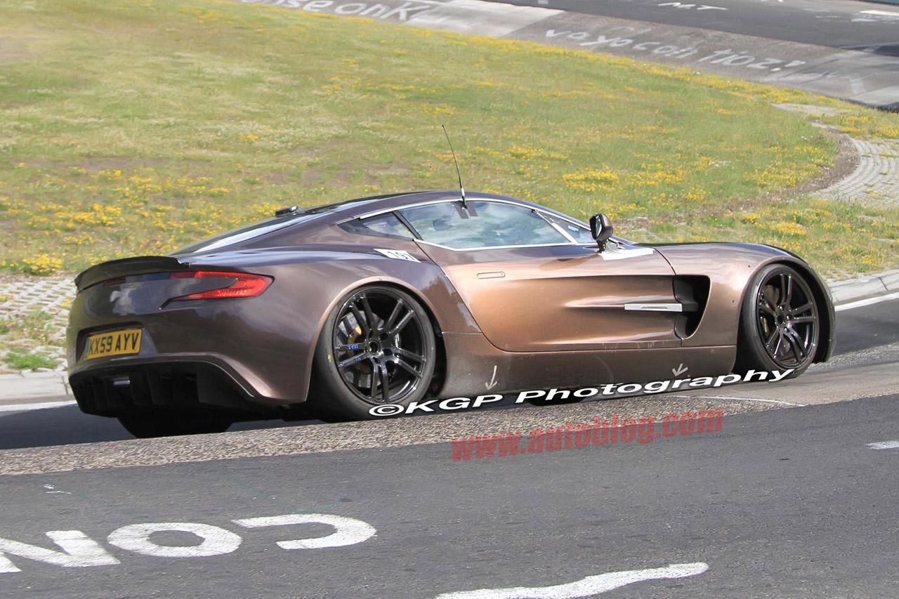 Actualidad Automotriz Aston Martin One 77 En El Nurburgring