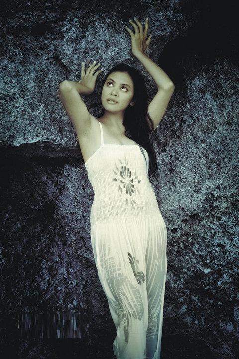 Janda Montok Nungging Pic 32 of 35