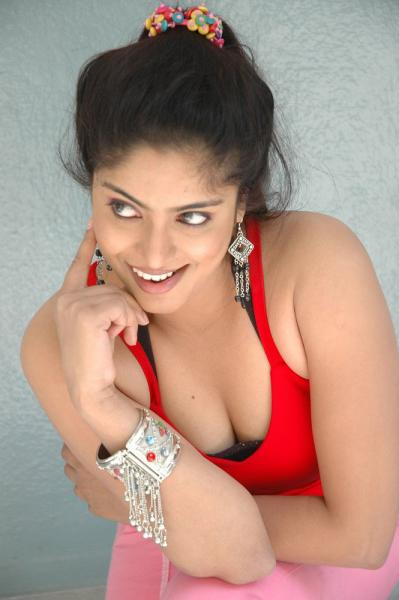 Reshma Naked Boob Video