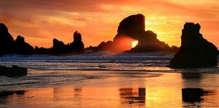 Uma praia de sonho, ao pôr-do-Sol