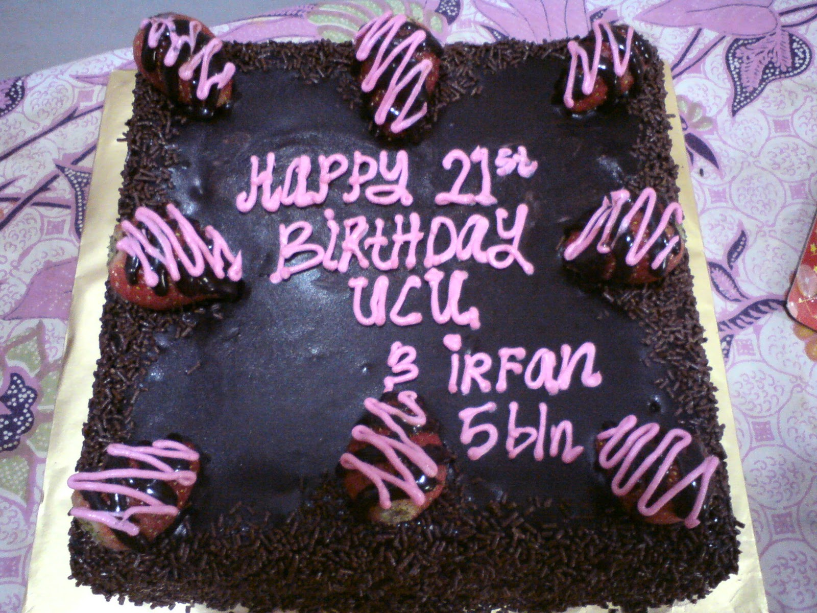 Cake Images With Name Irfan : Chocolate Cakes & Beadings: Birthday Cake for Eaa & Irfan