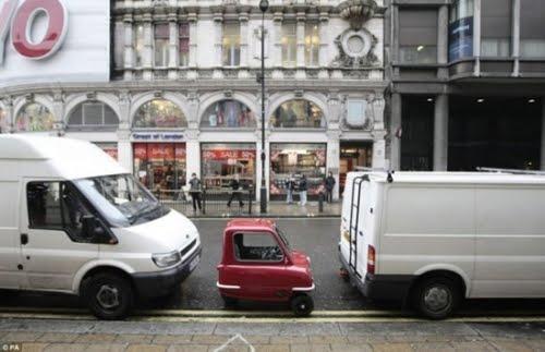 http://3.bp.blogspot.com/_x6Bgq1QDi_o/S4Ip-hJ4XhI/AAAAAAAACKg/CB_eZ_b7oos/s400/Worlds-Smallest-Car-001.jpg