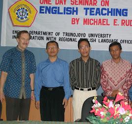 Ka-ki: RELO Officer, PD II FISIB, Direktor COEC, Kajur S.Ing Unijoyo