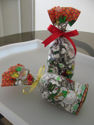 One Dozen Yummy Chocolate Crinkles Are Packed In A Snowman Cookie Bag With Ribbon
