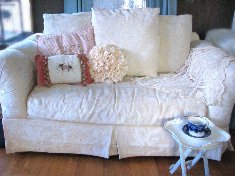 Stacy 39 S Thoughts Designs 88 Lovely Vintage Loveseat Looking For New Shabby Chic Home 125