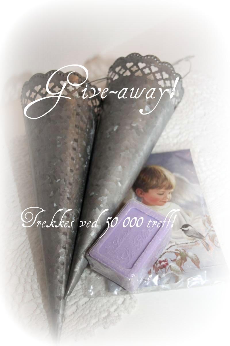 http://3.bp.blogspot.com/_x7Q4kStaxt4/TTGRs8lwCbI/AAAAAAAACw8/aa64TlAO1Hs/s1600/give-away.jpg