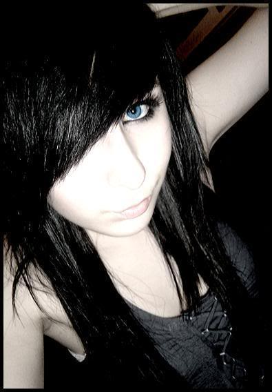emo haircuts for girls with long hair. With this long hair cut style,