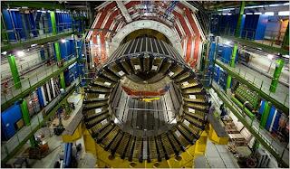 """Una avería en el colisionador de partículas LHC obliga a retrasar """"el fin del mundo"""" dos meses"""