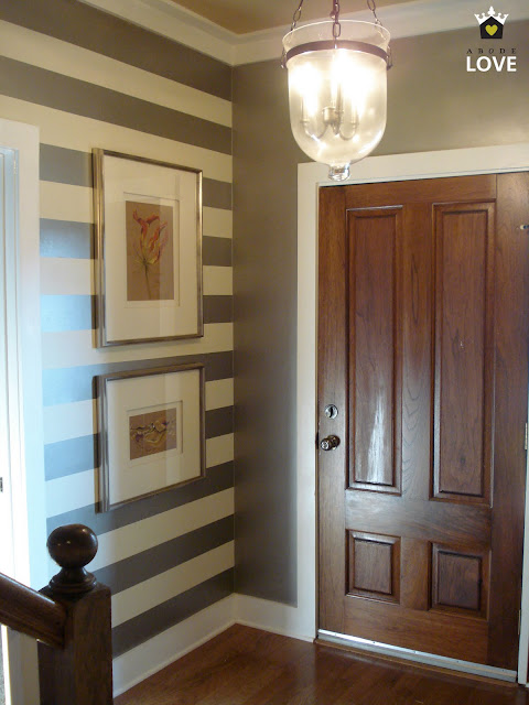 entryway paint colors (stripes)