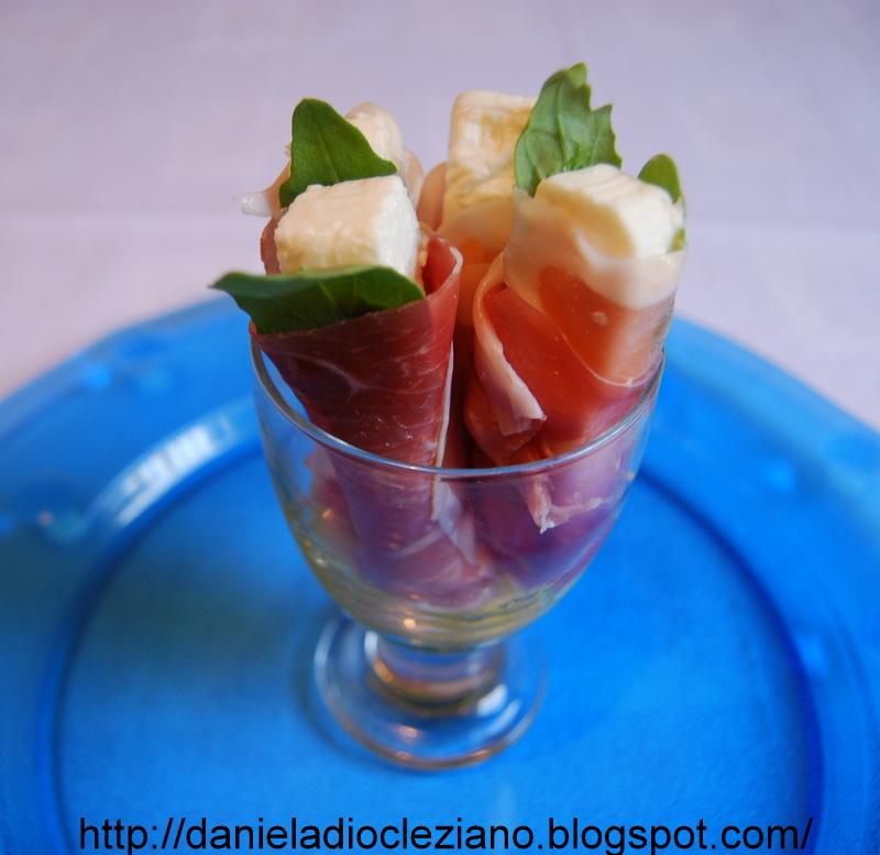 Daniela&Diocleziano: Involtini : Feta & Rolls prosciutto crudo