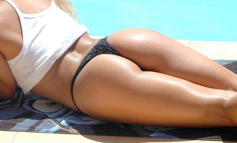 Straight-Legs-Deadlift-Women-Buttocks-Butt-Lift-Exercise+%286%29.jpg