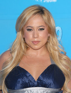 Sabrina Bryan hairstyle