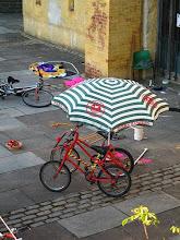 Mini Dink and the b-bike-a-lula