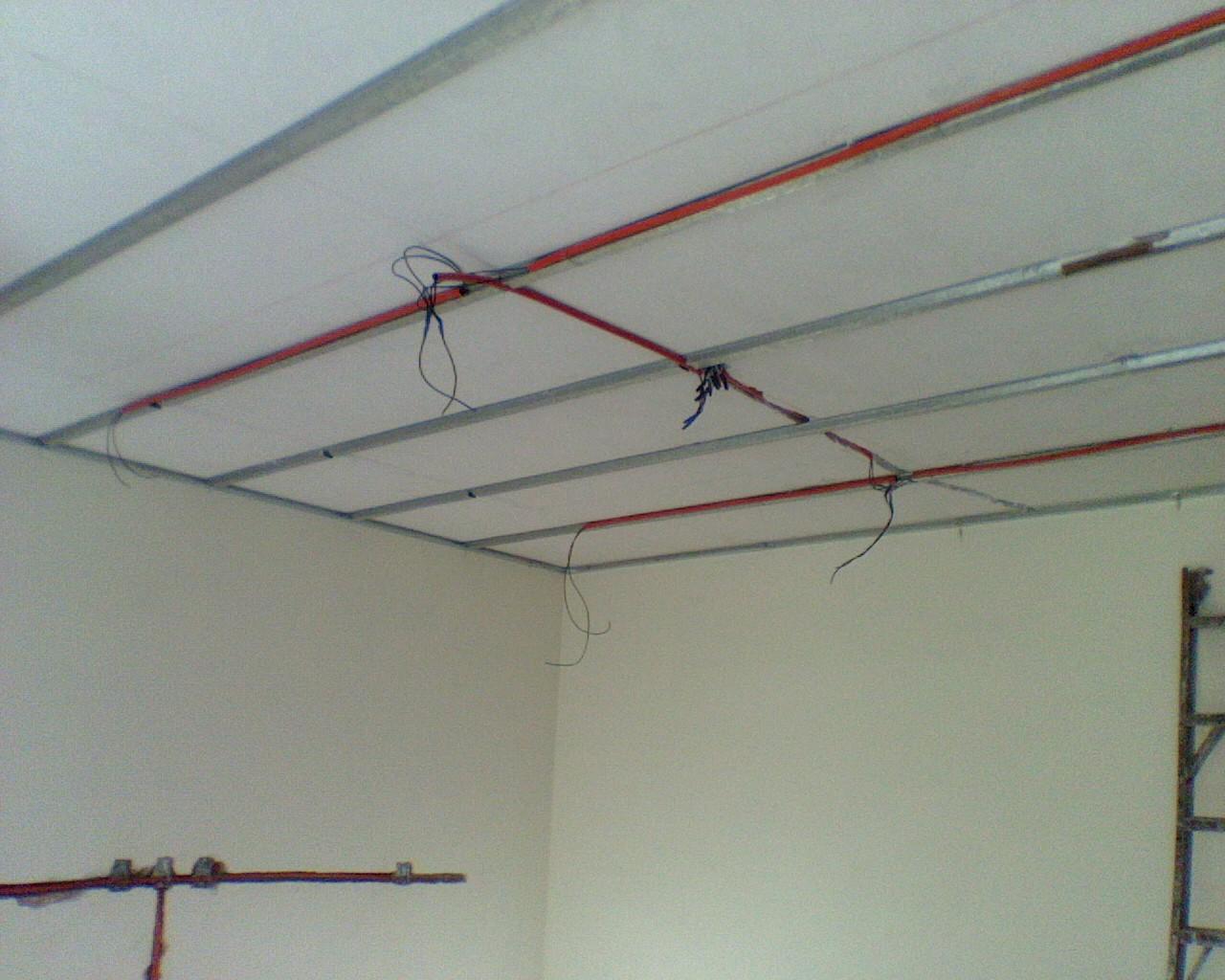 Remodelaciones continental instalacion de plafones de for Plafones de pared exterior