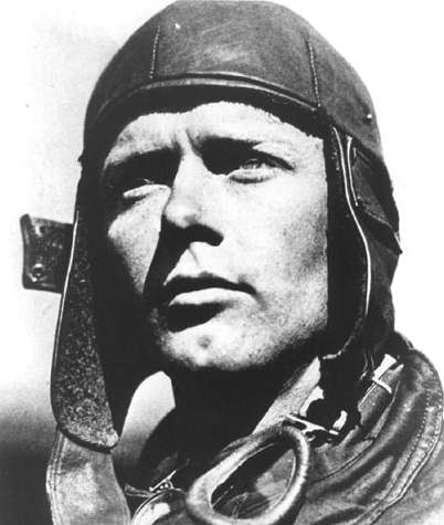 a biography of charles lindbergh a famous american aviator Charles lindbergh biography charles augustus lindbergh jr biography: lindbergh became a barnstormer, or a daredevil aviator.