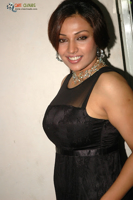 Asha Saina pictures