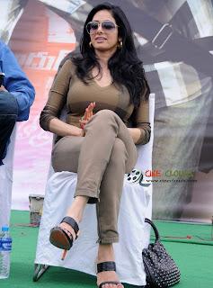 Old actress Sri Devi latest Photos7