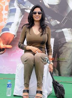 Old actress Sri Devi latest Photos33