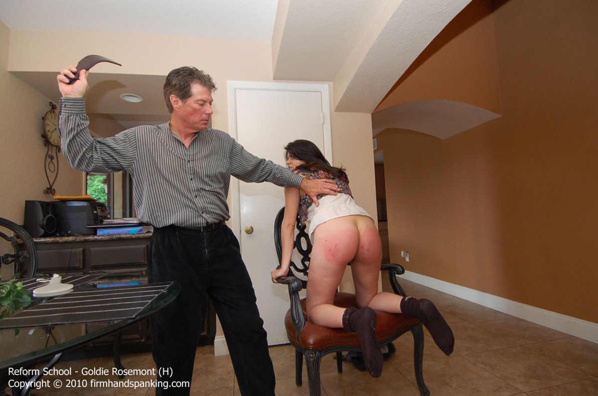 Amateur Spanking: Lexan paddle spanking
