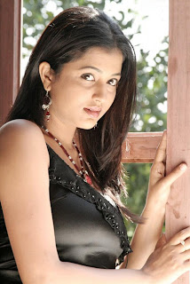 HOT ACTRESS SREE DEVIKA PICTURE GALLERY