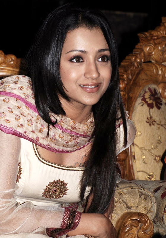Trisha Krishnan Looking Awesome in White Dress Photoshoot images