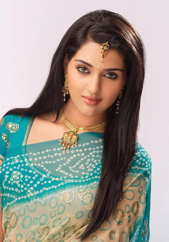 South indian actress Ragini Shetty Latest Stills  U Photoshoot images