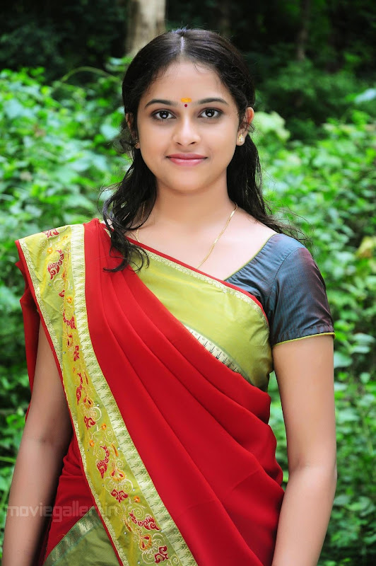 Sri Divya Nice Stills hot photos