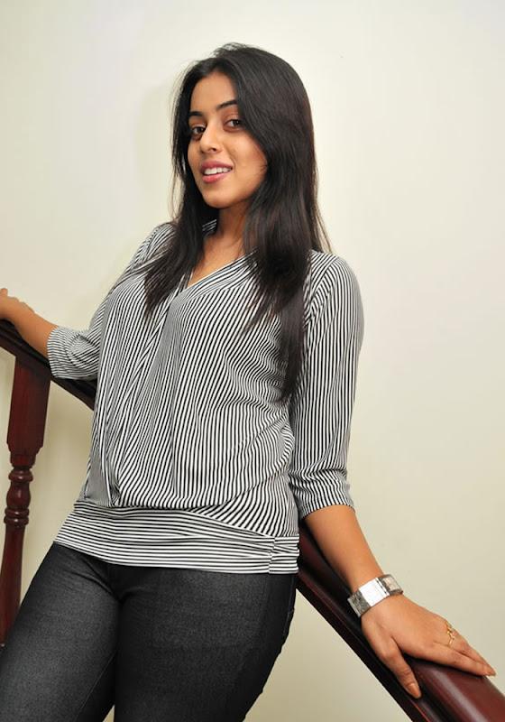 Shamna Kasim Exclusive Stills sexy stills